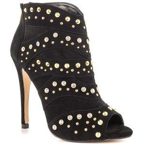 Sedova Black by Bebe Shoes Open Toe Studds Heels 6